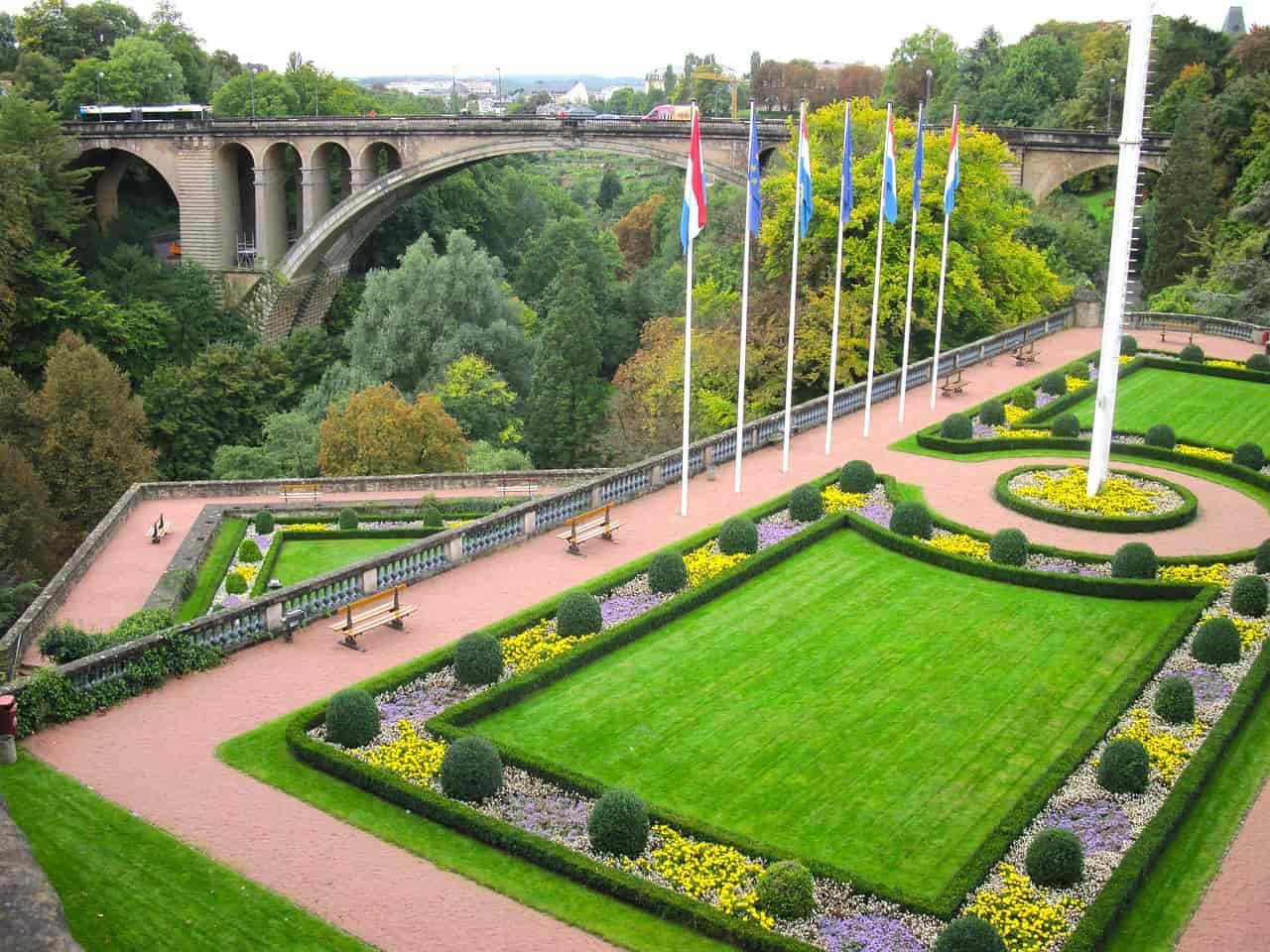 Alumni por el mundo Fomento Luxemburgo